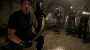 From left to right: Barney Ross (Sylvester Stallone), Hale Caesar (Terry Crews), Toll Road (Randy Couture), Lee Christmas (Jason Statham) and Ying Yan (Jet Li) in THE EXPENDABLES.